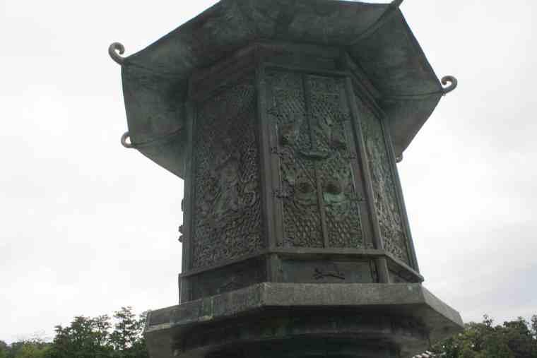 東大寺 八角燈籠