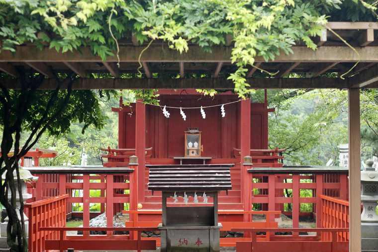 鶴岡八幡宮 御社殿