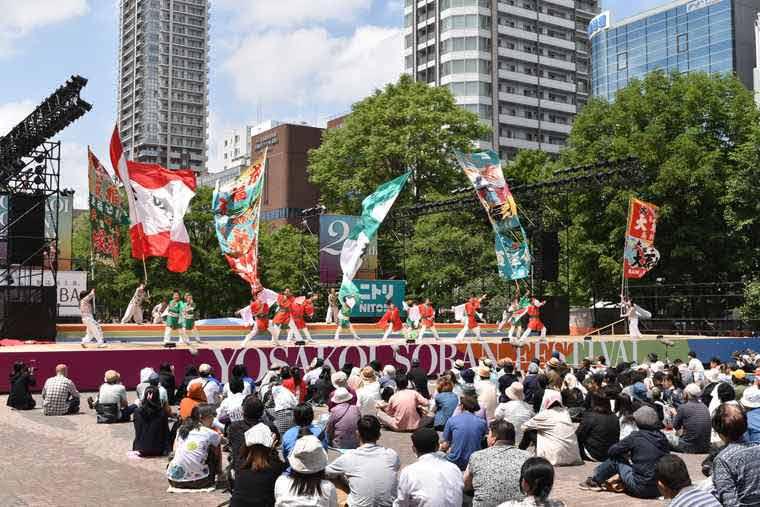 YOSAKOIソーラン祭り 大通西8丁目会場 フリースペース