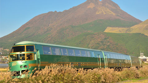 博多から由布院・別府へ!観光列車「ゆふいんの森」は道中から楽しみがいっぱい!
