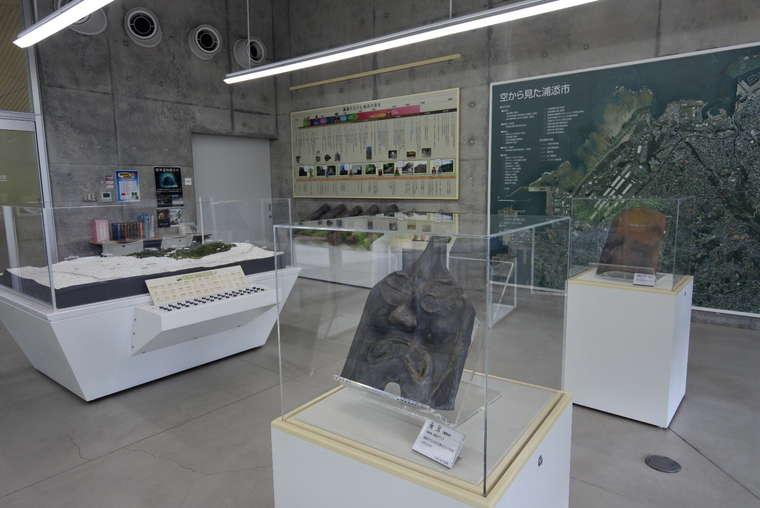 浦添城後 南エントランス展示室