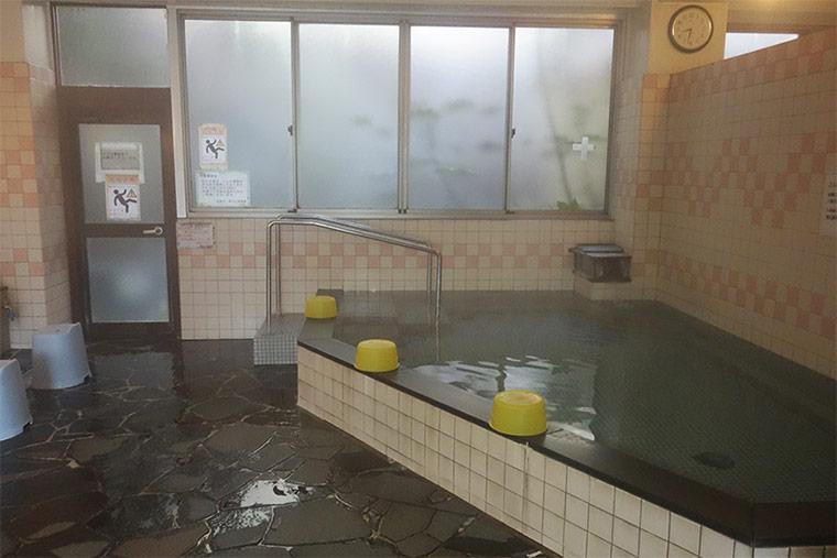 湯の山温泉館の内湯