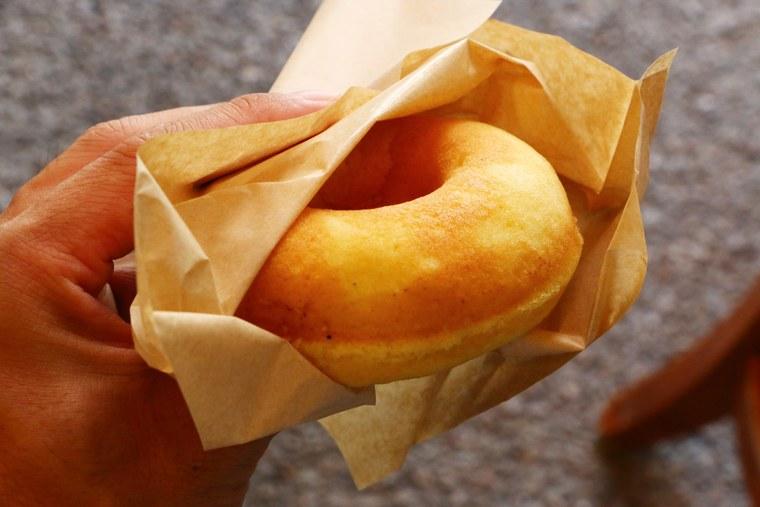 有馬温泉 「有馬 まめ清 ドーナツ店」プレーンドーナツ