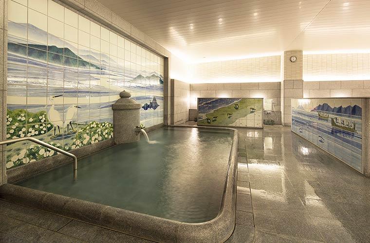 飛鳥乃湯泉の浴室