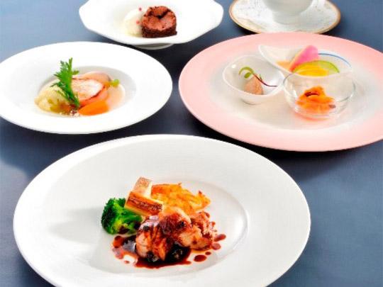 熱海温泉 HOTEL MICURAS(ホテルミクラス)ディナー例
