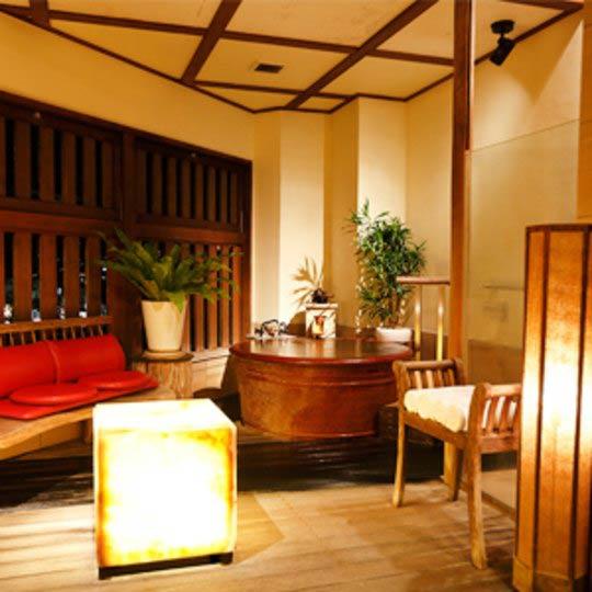 熱海温泉 月の栖 熱海聚楽ホテル 客室例(半露天風呂付き客室 珊瑚)