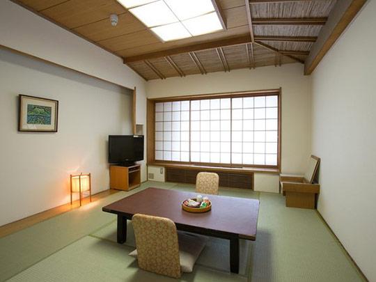 熱海温泉 熱海ニューフジヤホテル 和室10畳