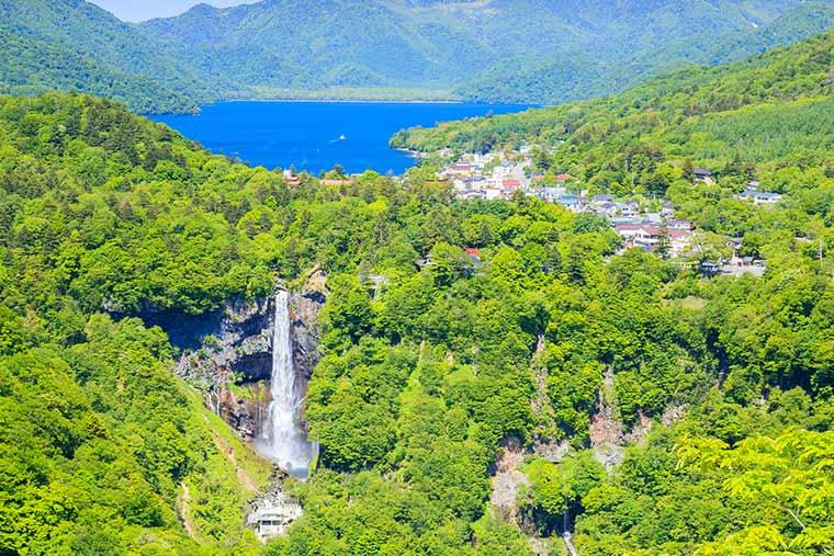 華厳滝・中禅寺湖