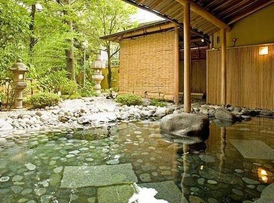 箱根湯本温泉 ホテルマイユクール祥月