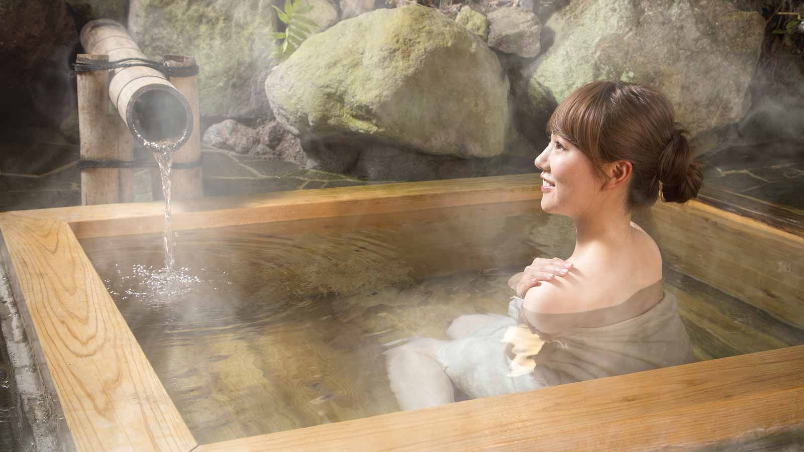 5 Secret Hot Springs You'll Want to Keep All to Yourself