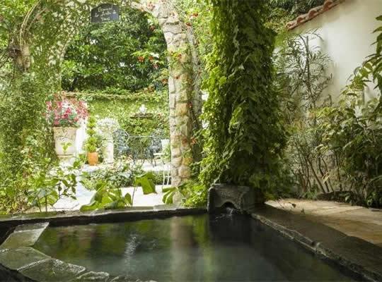 伊豆高原 全室露天風呂付きの宿 花の森クラリス