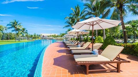 夏旅行におすすめ!プールが人気のホテルランキング