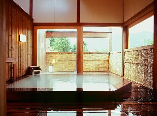 蔵王温泉 岩清水料理の宿 季の里