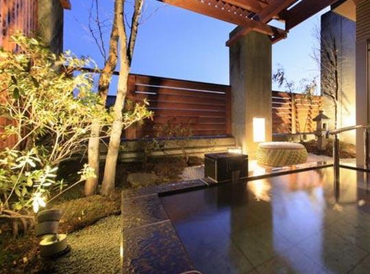 猿ヶ京温泉 源泉湯の宿 千の谷