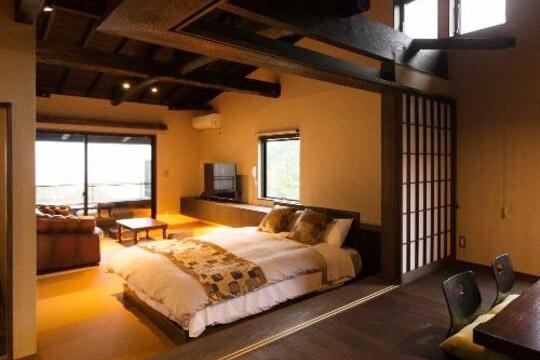 伊豆高原 記念日を祝う宿 別邸KURO