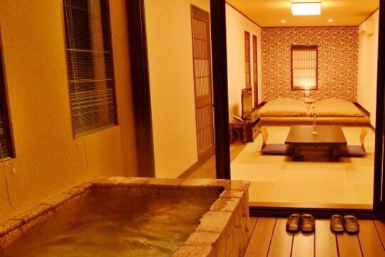 伊豆高原 全室露天風呂付客室1日2組の宿 花彩亭(はないろてい)