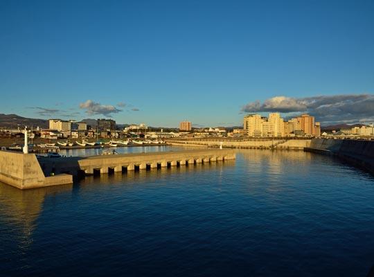 函館湯川漁港と湯の川温泉