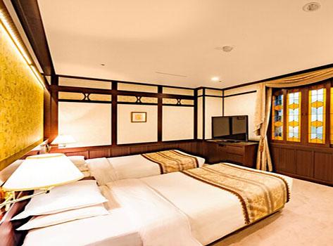 金沢白鳥路 ホテル山楽:客室