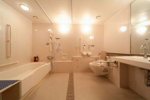 国際障害者交流センター(ビッグ・アイ) バスルーム