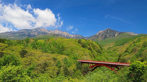 夏旅行の参考に!屋外で遊べるスポット&自然の絶景スポット
