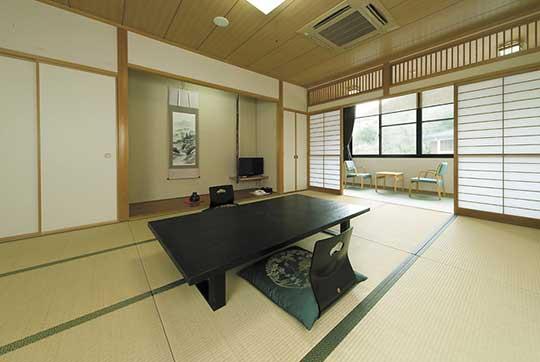 須賀谷温泉 ペット同伴専用和室(12畳)