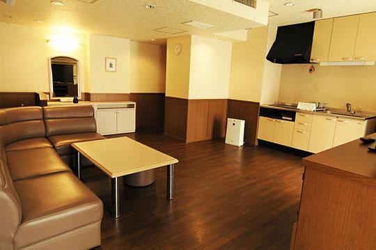 神戸北の坂ホテル スイートルーム