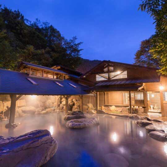 黒川温泉 やまびこ旅館 露天風呂