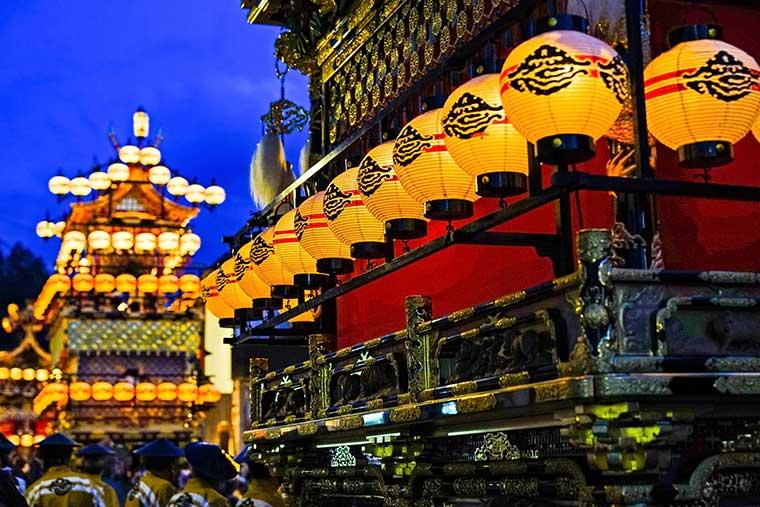嬉夜の高山祭