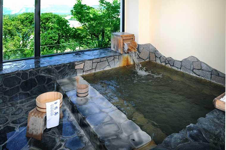 白南風 大浴場