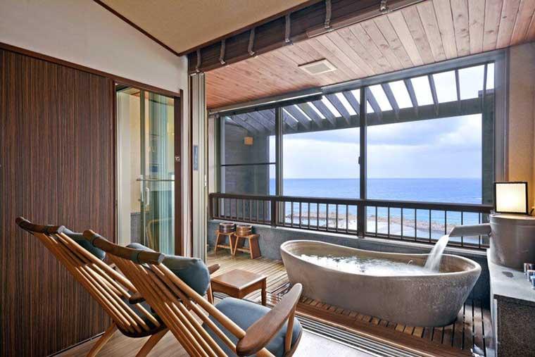 白浜温泉ホテル三楽荘  露天風呂付客室ましらの