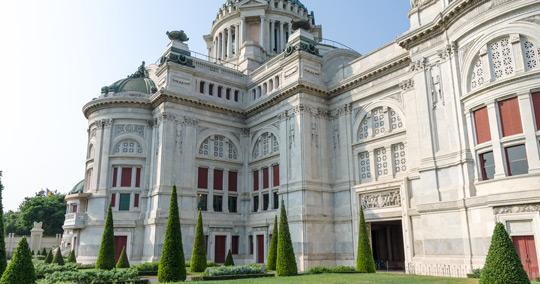 アナンタ・サマーコム宮殿
