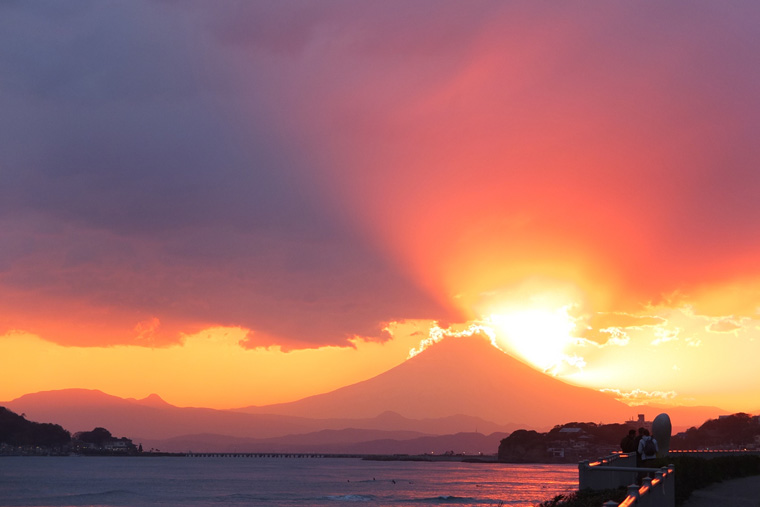 由比ヶ浜からの夕景