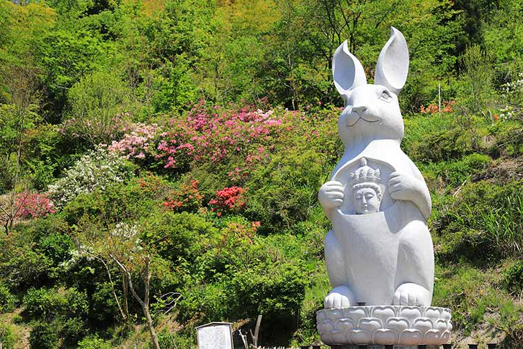 巨大ウサギ観音(長谷寺)