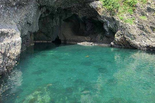 青の洞窟(竜王洞)