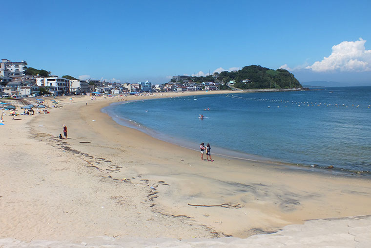 篠島サンサンビーチ