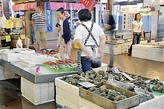 鳥取港海鮮産物市場 かろいち