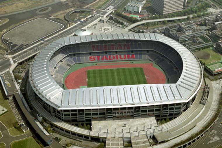 横浜国際総合競技場(日産スタジアム)