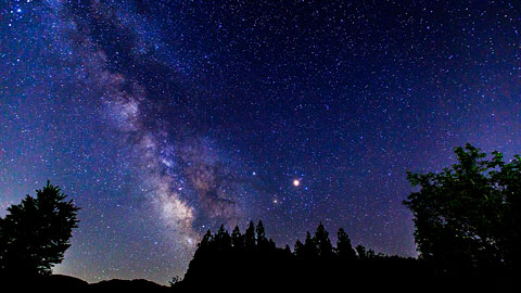 星空スポット人気ランキング!旅先で綺麗な星を観測しよう!