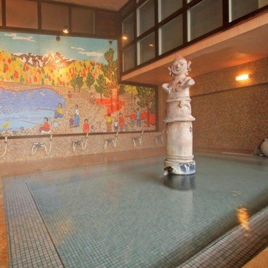 上牧温泉 人気の貸切風呂と炭火山里料理の宿 辰巳館 はにわ風呂