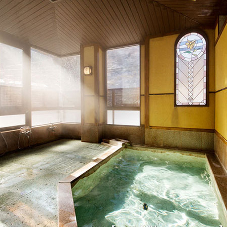 女性一人旅におすすめの温泉宿。四万温泉 柏屋旅館 女性用大浴場