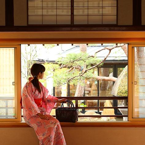 女性一人旅におすすめの温泉宿。湯田中温泉 華灯りの宿 加命の湯