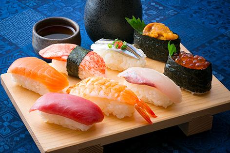 新!はとバス食い道楽 高級寿司食べ放題と老舗のうな重