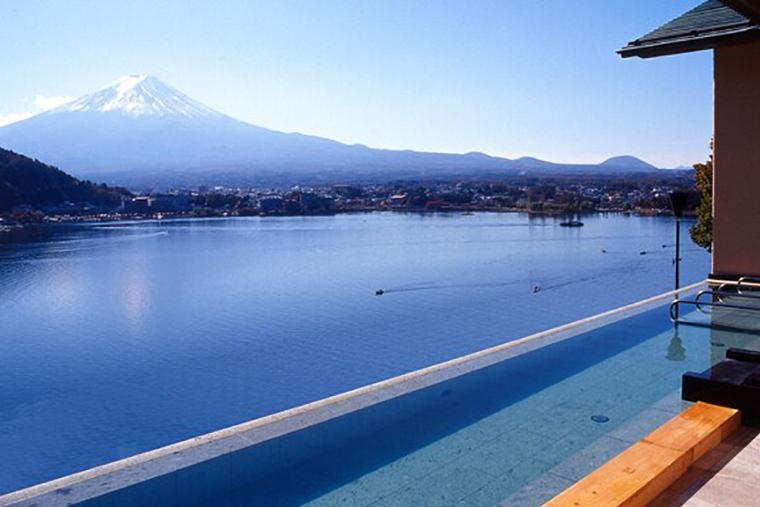 富士河口湖温泉 風のテラス KUKUNA(くくな)