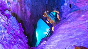 探検してみたい!日本の人気鍾乳洞ランキングTOP10