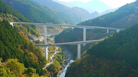 ループ橋(雷電廿六木橋)