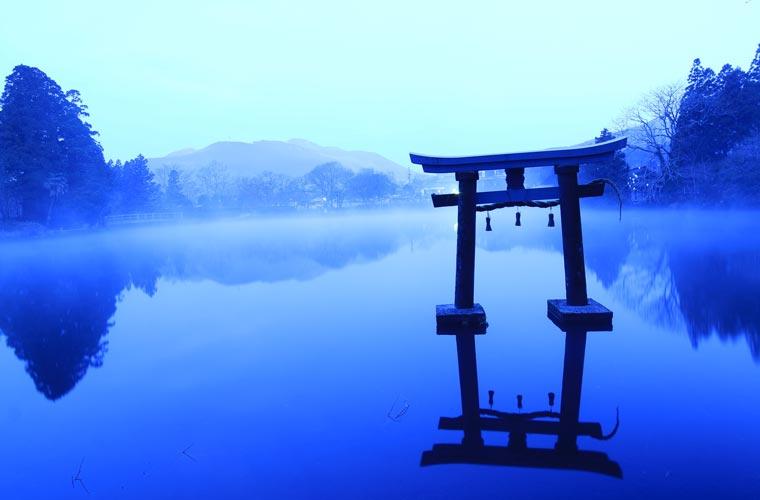大分県 朝霧の金鱗湖