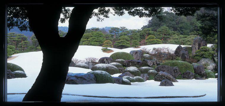 足立美術館の雪景色