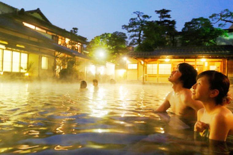 長楽園の混浴露天風呂・竜宮の湯