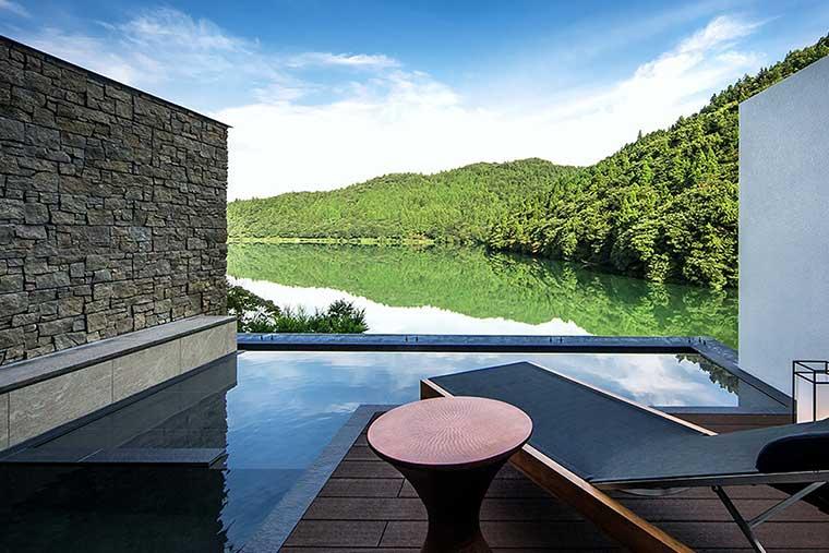 雲仙温泉・源泉かけ流し&おしどりの池を望む美食の宿 東園