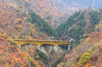 滝川渓谷・雁坂大橋